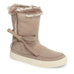 ** TOMS Vista Faux Fur Lined Suede Boot $128+ NEW
